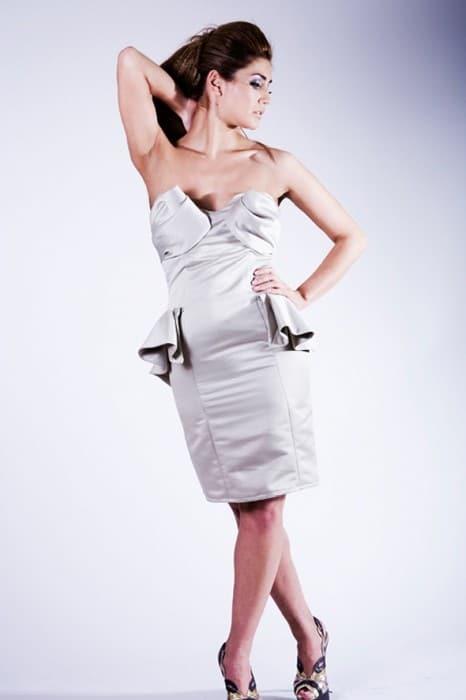 medusa-dress-model
